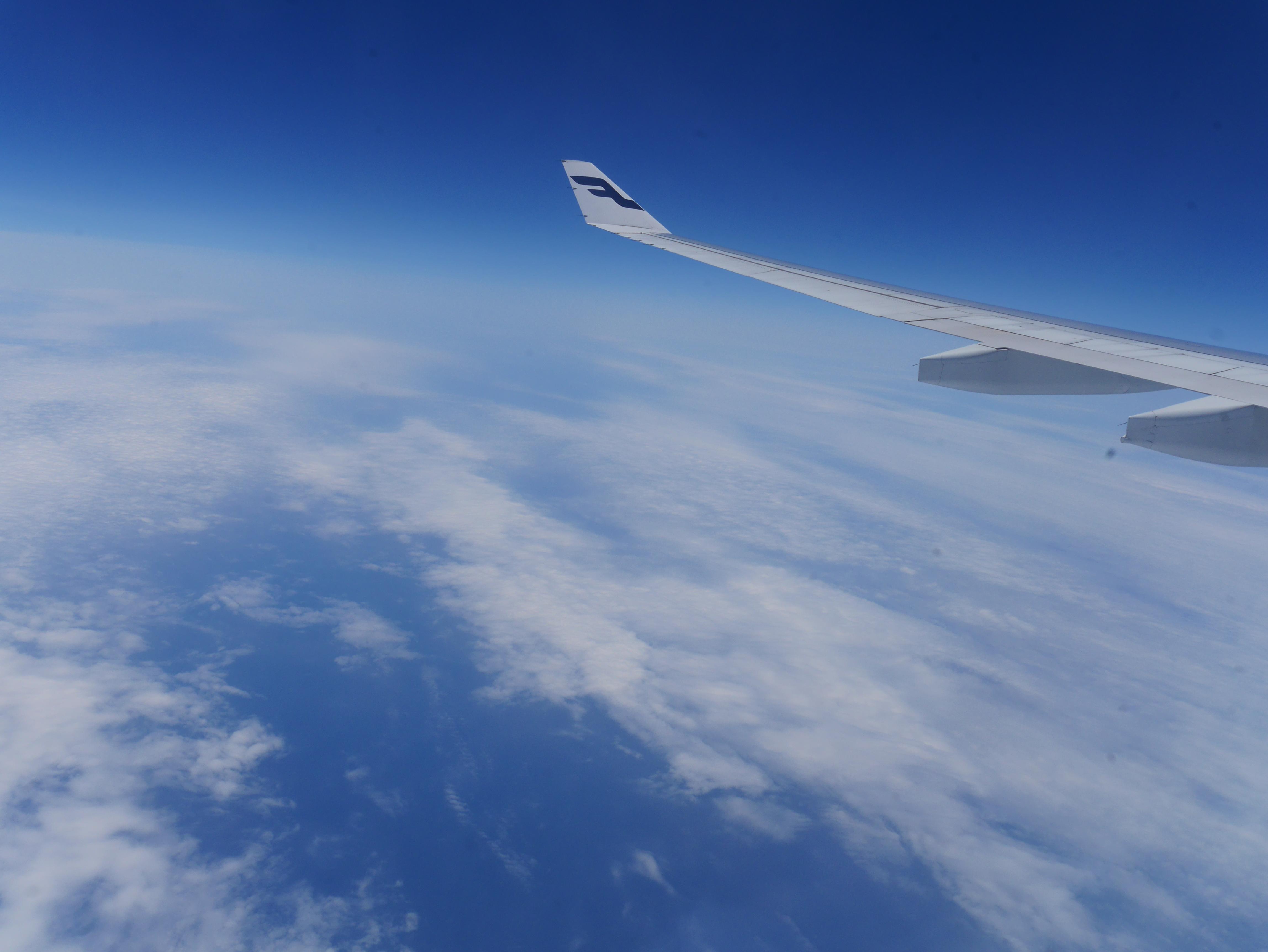 フィンランド・アイスランド紀行(1) 飛行機でヘルシンキへ!