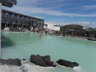 フィンランド・アイスランド紀行(9) 大温泉「ブルーラグーン」へ